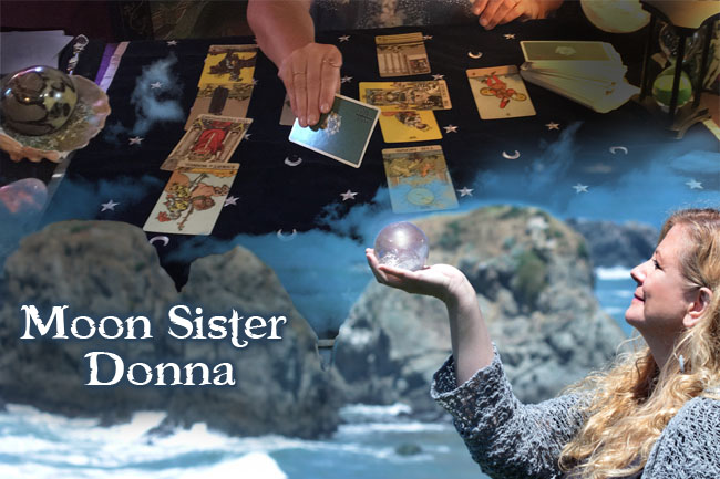 Tarot Readings with Moon Sister Donna at the Serpent's Kiss